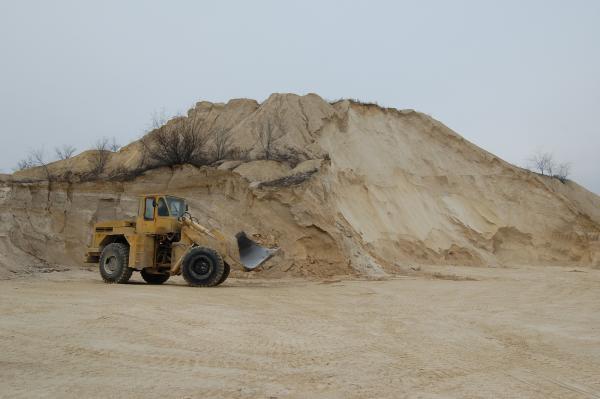Выявлены массовые нарушения на карьерах по добыче полезных ископаемых и кирпичных цехах